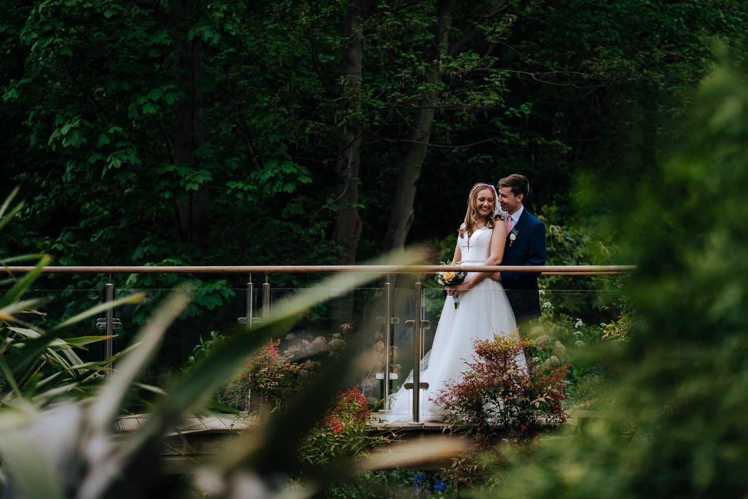 beautiful photo of married couple at Kings Wood Golf Course