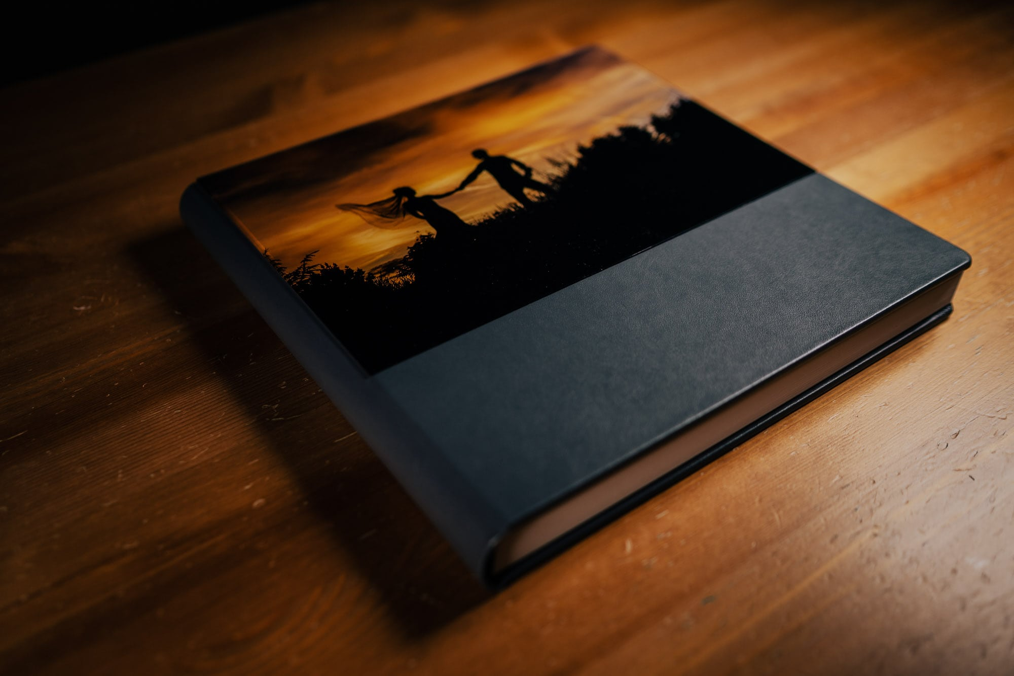 stylish high quality wedding albums professionally designed to tell the story of your day